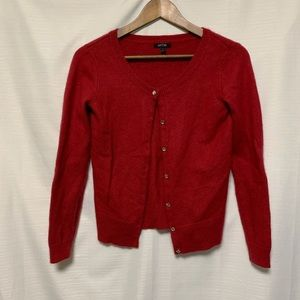 Apt 9 sweater size small FLAW